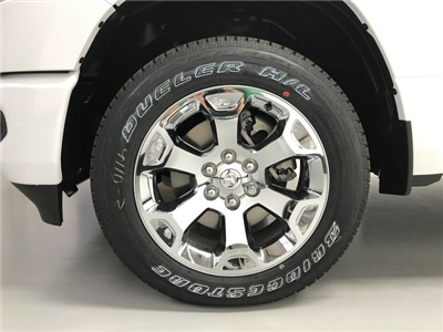 2019 Ram 1500 Crew Cab 4x4,  Pickup #KN587348 - photo 16