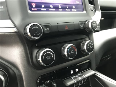 2019 Ram 1500 Crew Cab 4x4,  Pickup #KN587348 - photo 24