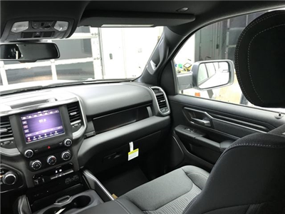 2019 Ram 1500 Crew Cab 4x4,  Pickup #KN587348 - photo 8