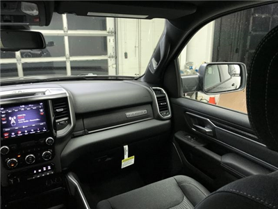 2019 Ram 1500 Crew Cab 4x4,  Pickup #KN592903 - photo 16