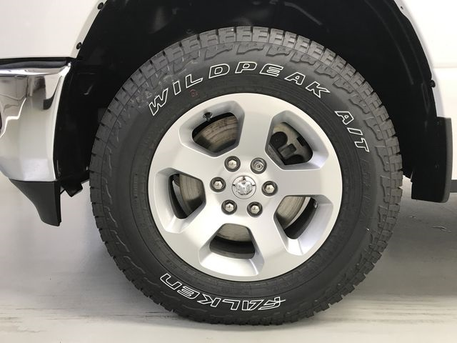2019 Ram 1500 Crew Cab 4x4,  Pickup #KN597067 - photo 15