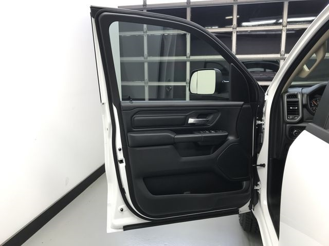 2019 Ram 1500 Crew Cab 4x4,  Pickup #KN597067 - photo 16