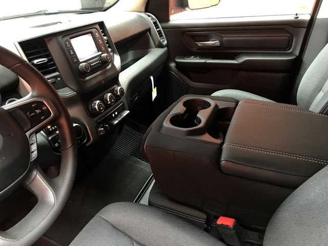 2019 Ram 1500 Crew Cab 4x4,  Pickup #KN613770 - photo 25