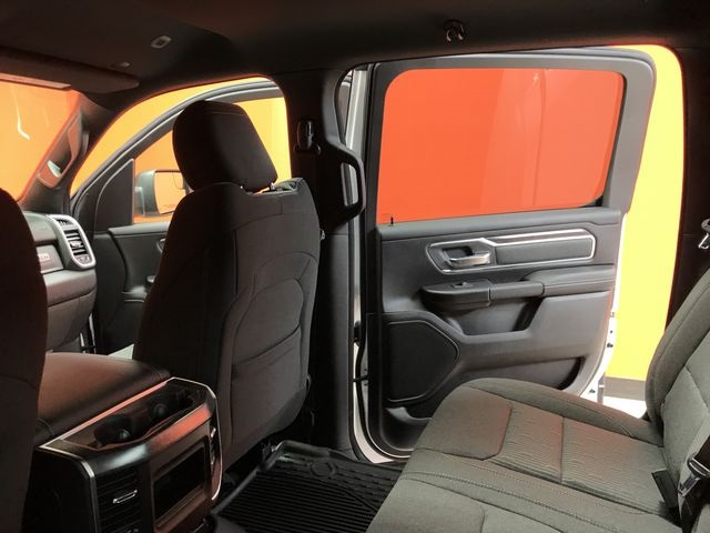2019 Ram 1500 Crew Cab 4x4,  Pickup #KN644620 - photo 9