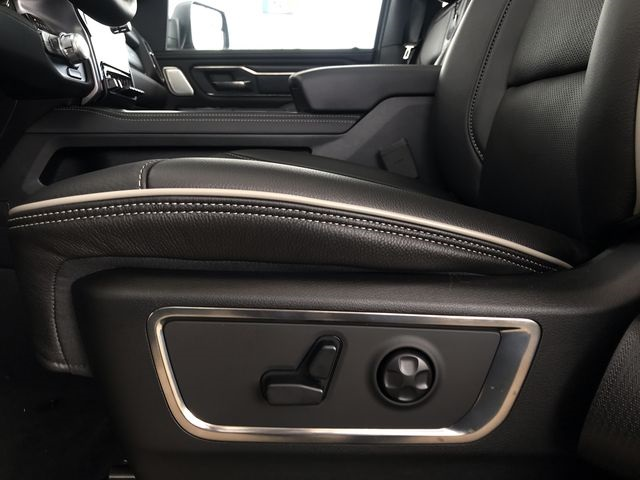 2019 Ram 1500 Crew Cab 4x4,  Pickup #KN655383 - photo 18
