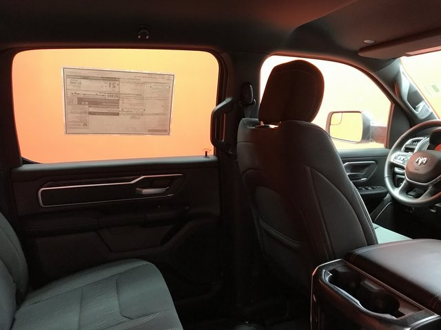 2019 Ram 1500 Crew Cab 4x4,  Pickup #KN816564 - photo 28