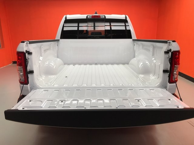 2019 Ram 1500 Crew Cab 4x4,  Pickup #KN816564 - photo 8