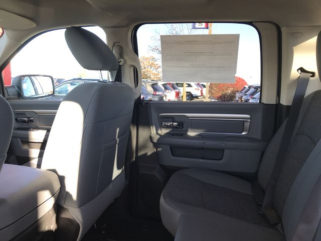 2019 Ram 1500 Crew Cab 4x4,  Pickup #KS558355 - photo 10