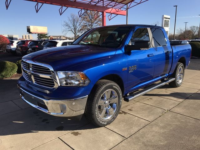 2019 Ram 1500 Crew Cab 4x4,  Pickup #KS558355 - photo 4