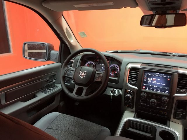 2019 Ram 1500 Crew Cab 4x4,  Pickup #KS558360 - photo 15