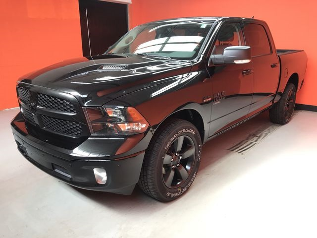 2019 Ram 1500 Crew Cab 4x4,  Pickup #KS558401 - photo 3
