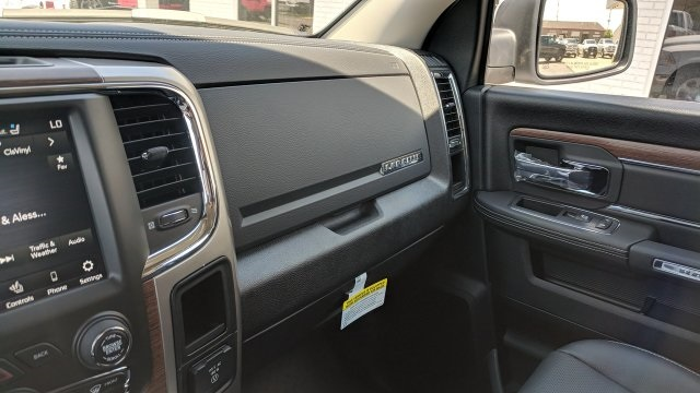 2018 Ram 1500 Crew Cab 4x4, Pickup #R18127 - photo 21