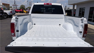 2018 Ram 1500 Crew Cab 4x4, Pickup #R18127 - photo 9
