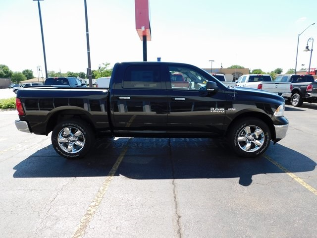 2018 Ram 1500 Crew Cab 4x4,  Pickup #R18141 - photo 5