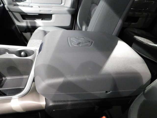 2018 Ram 1500 Crew Cab 4x4,  Pickup #R18147 - photo 27