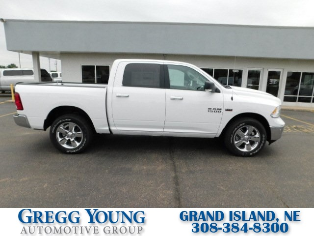 2018 Ram 1500 Crew Cab 4x4,  Pickup #R18188 - photo 3