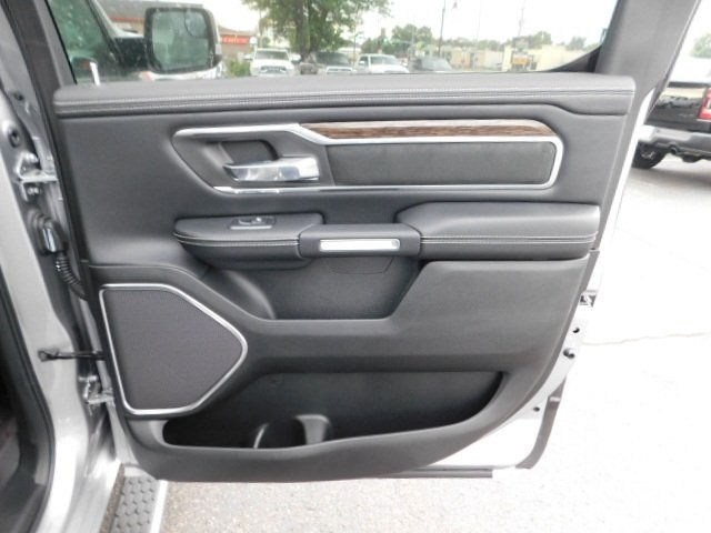 2019 Ram 1500 Crew Cab 4x4,  Pickup #R19054 - photo 28