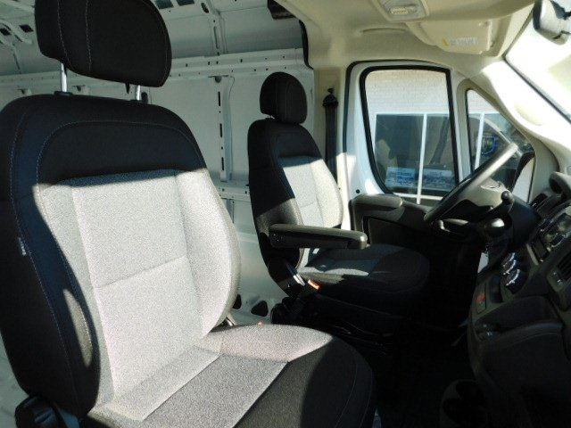 2019 ProMaster 2500 High Roof FWD,  Empty Cargo Van #R19094 - photo 18