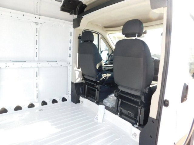 2019 ProMaster 2500 High Roof FWD,  Empty Cargo Van #R19094 - photo 24