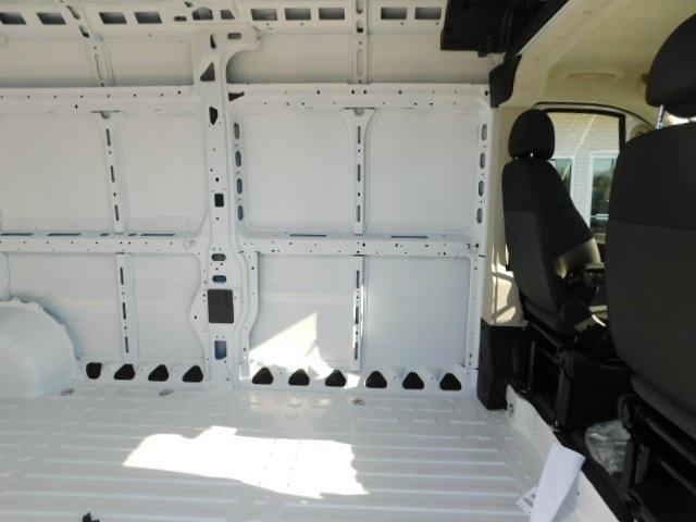 2019 ProMaster 2500 High Roof FWD,  Empty Cargo Van #R19094 - photo 25