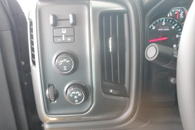 2018 Silverado 1500 Crew Cab 4x4, Pickup #1090 - photo 11