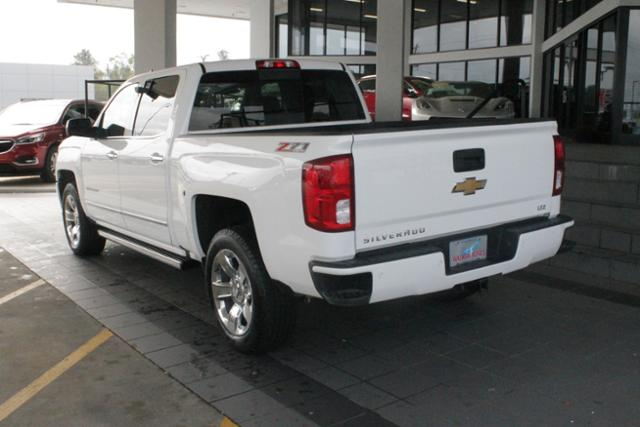 2017 Silverado 1500 Crew Cab 4x4, Pickup #9721 - photo 2