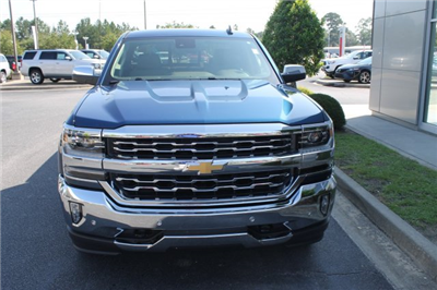2018 Silverado 1500 Double Cab 4x4,  Pickup #9899 - photo 4