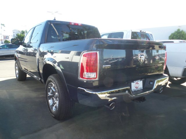 2018 Ram 1500 Crew Cab 4x4, Pickup #T180102 - photo 2