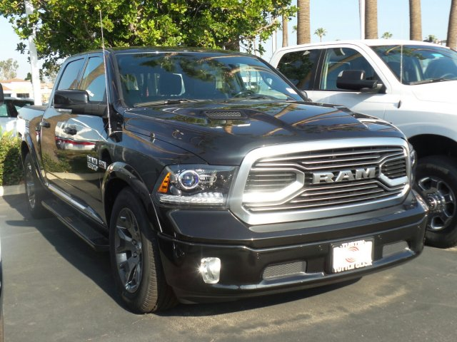 2018 Ram 1500 Crew Cab 4x4, Pickup #T180154 - photo 3