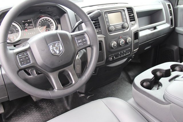 2018 Ram 3500 Regular Cab DRW, Pickup #T180160 - photo 9
