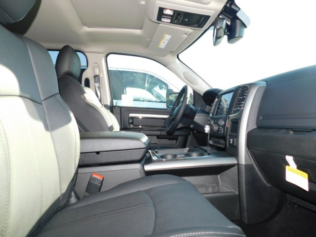 2018 Ram 1500 Crew Cab 4x4, Pickup #T180198 - photo 3