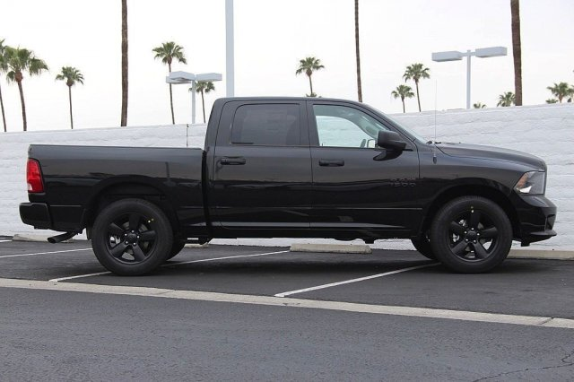 2018 Ram 1500 Crew Cab, Pickup #T181034 - photo 5