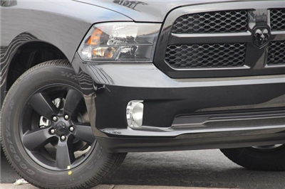 2018 Ram 1500 Crew Cab, Pickup #T181034 - photo 3