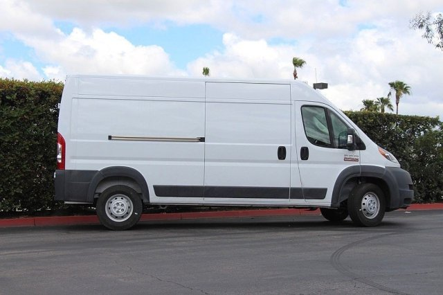 2018 ProMaster 2500 High Roof 4x2,  Empty Cargo Van #T181105 - photo 5