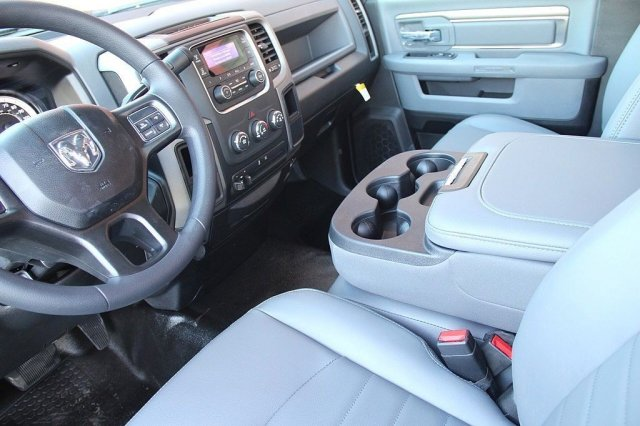 2018 Ram 2500 Regular Cab, Pickup #T181128 - photo 8