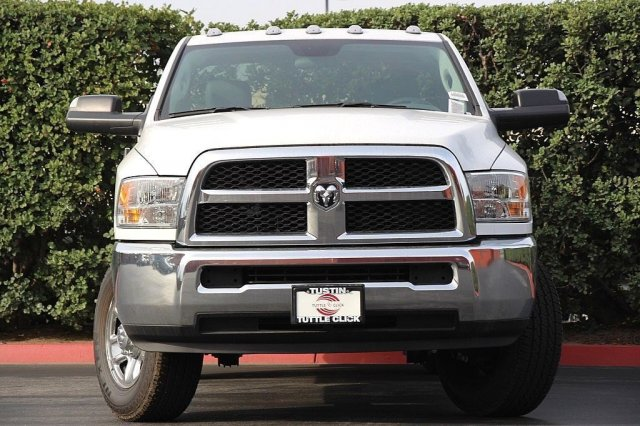 2018 Ram 3500 Regular Cab 4x2,  Harbor Service Body #T181212 - photo 5