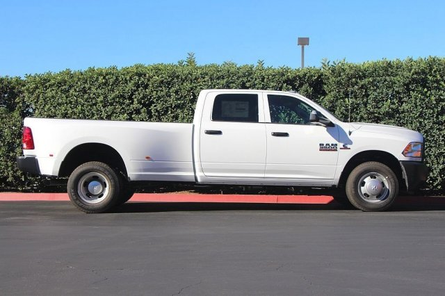 2018 Ram 3500 Crew Cab DRW 4x2,  Pickup #T181840 - photo 6