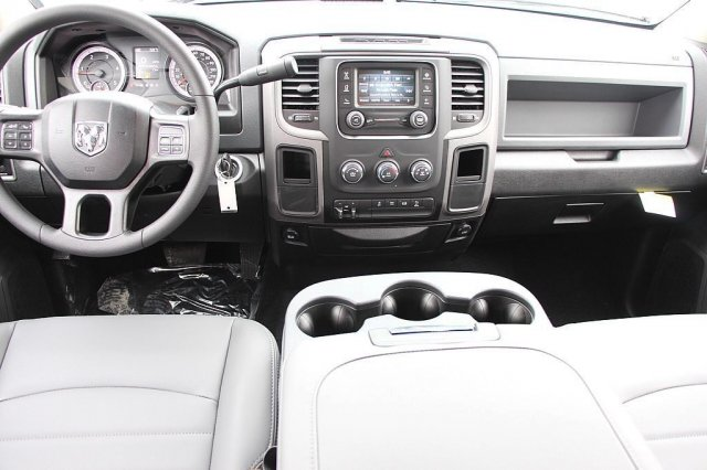 2018 Ram 3500 Crew Cab DRW 4x2,  Pickup #T181913 - photo 11
