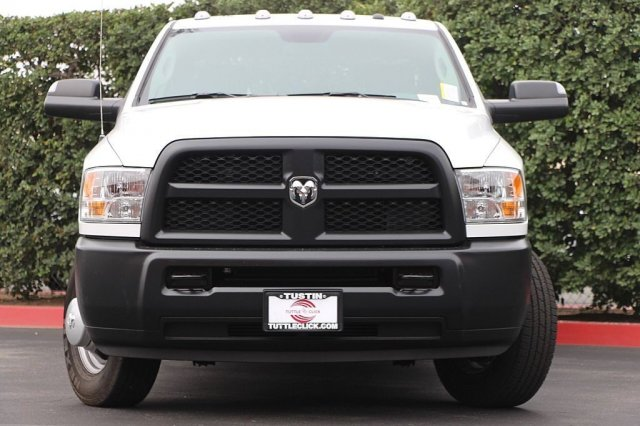 2018 Ram 3500 Crew Cab DRW 4x2,  Pickup #T181913 - photo 5