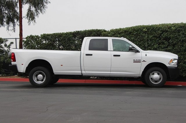 2018 Ram 3500 Crew Cab DRW 4x2,  Pickup #T181913 - photo 6