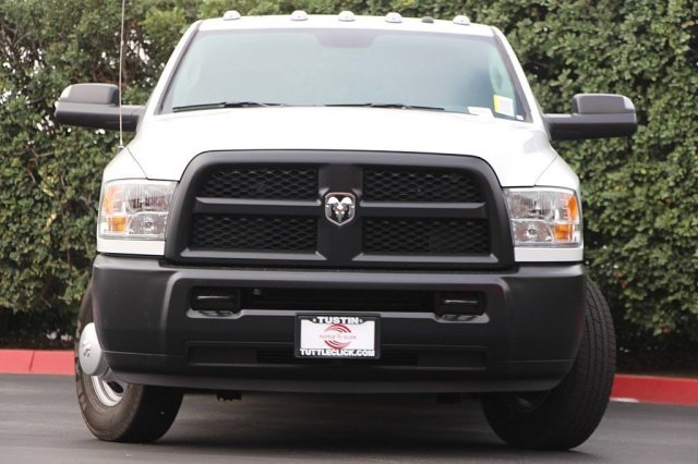 2018 Ram 3500 Crew Cab DRW 4x2,  Pickup #T181914 - photo 5