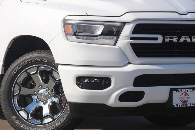 2019 Ram 1500 Crew Cab 4x2,  Pickup #T190070 - photo 4