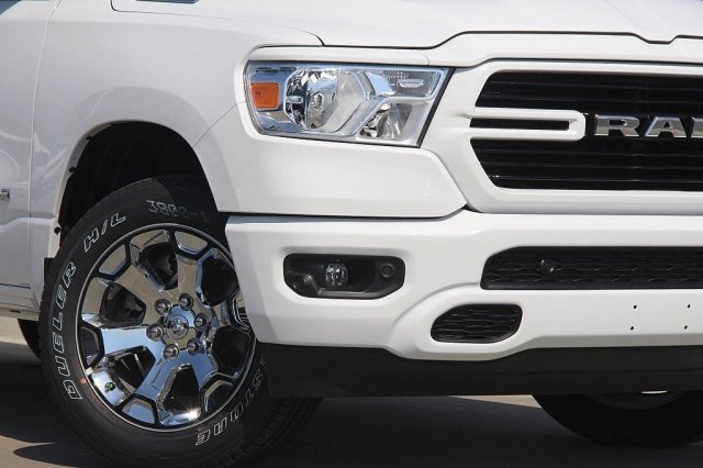 2019 Ram 1500 Crew Cab 4x4,  Pickup #T190091 - photo 4