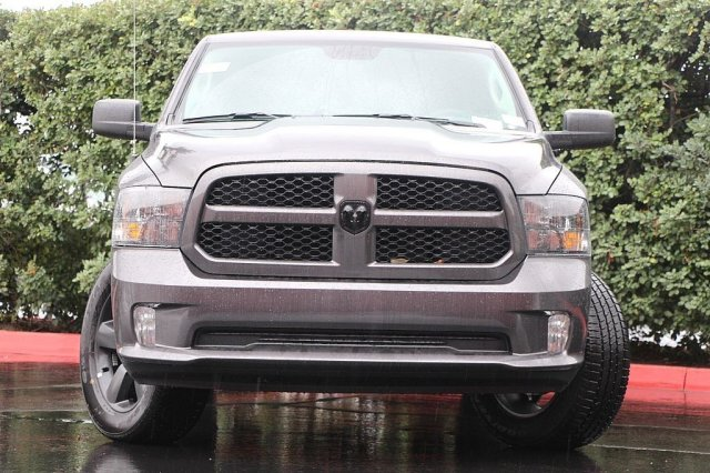 2019 Ram 1500 Crew Cab 4x4,  Pickup #T190142 - photo 5
