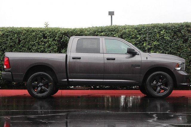 2019 Ram 1500 Crew Cab 4x4,  Pickup #T190142 - photo 6
