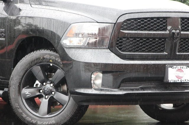 2019 Ram 1500 Crew Cab 4x4,  Pickup #T190194 - photo 4