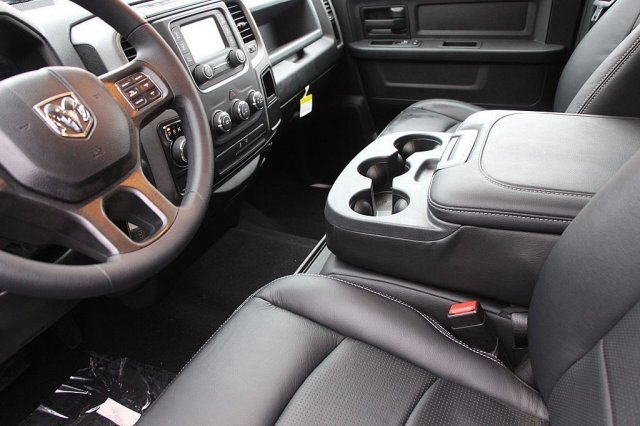2019 Ram 1500 Crew Cab 4x4,  Pickup #T190194 - photo 9