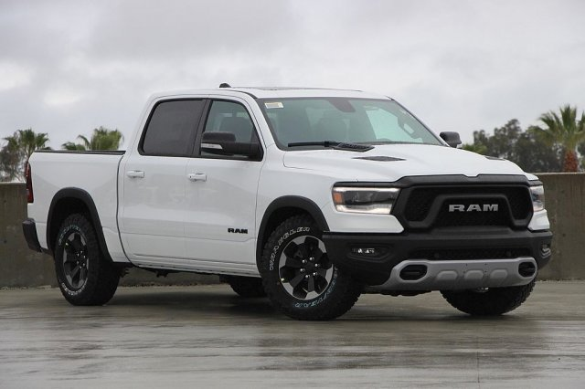 2019 Ram 1500 Crew Cab 4x4,  Pickup #T190509 - photo 3