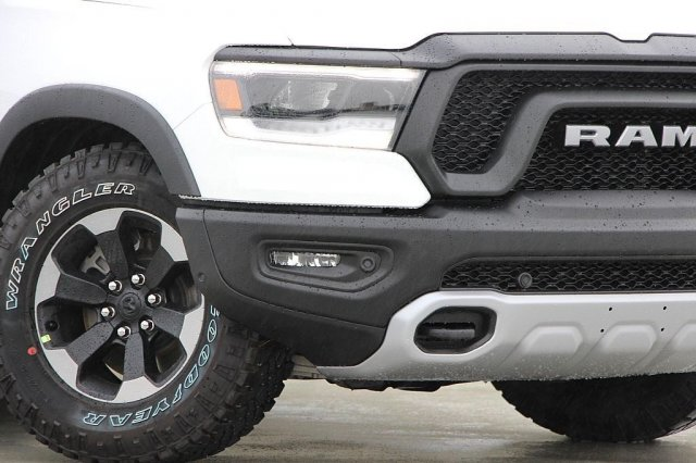 2019 Ram 1500 Crew Cab 4x4,  Pickup #T190509 - photo 4