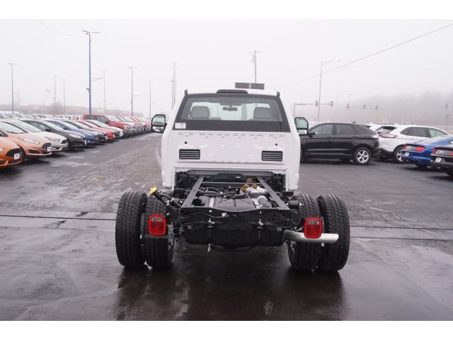 2018 F-350 Regular Cab DRW 4x4,  Cab Chassis #JEB09630 - photo 4